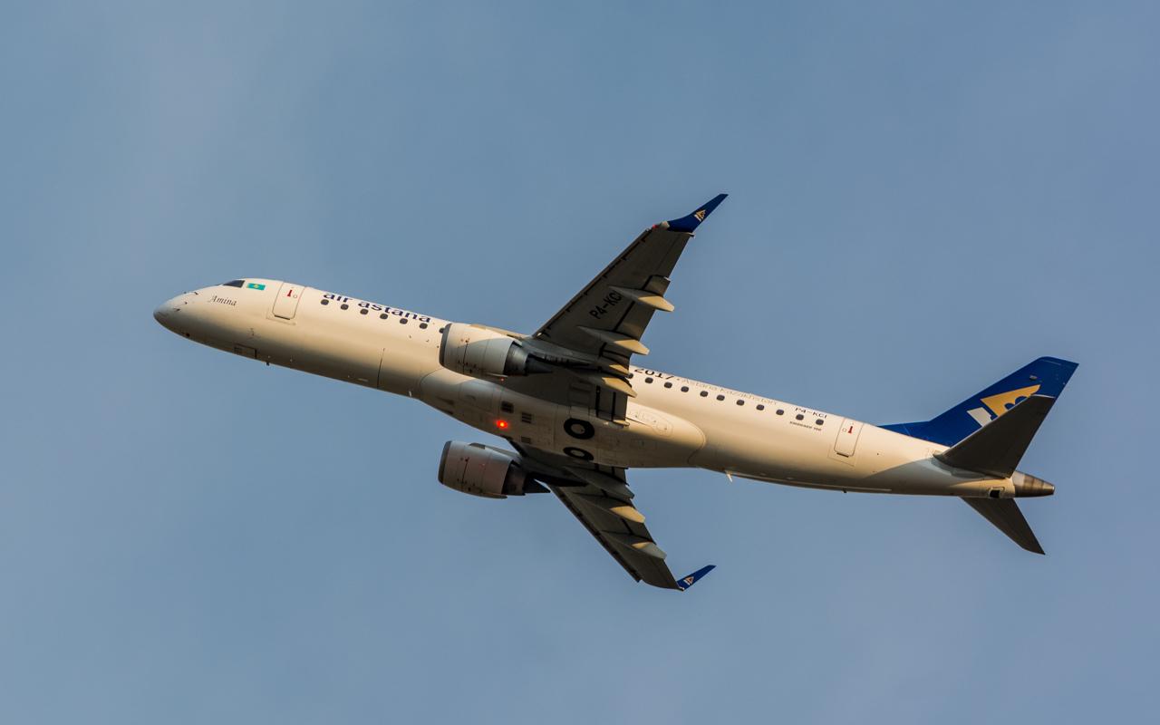 19-Air Astana-Embraer-190-P4-KCI-Amina
