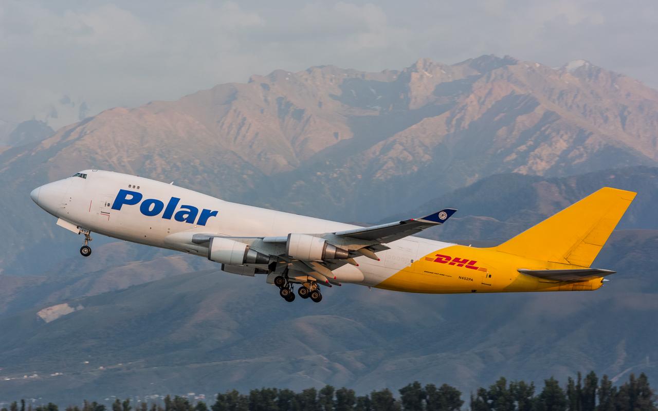 22-Polar Air Cargo-B-747-400-N452PA