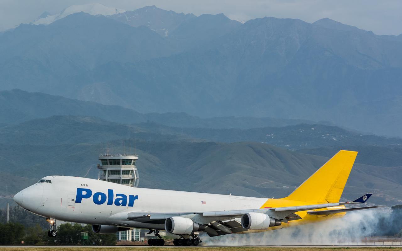 5-Polar Air Cargo-B-747-400-N452PA
