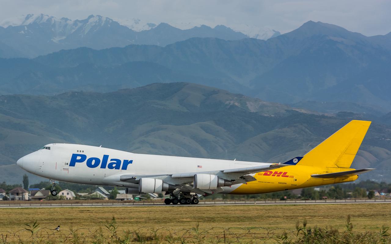 6-Polar Air CargoB-747-400-N452PA